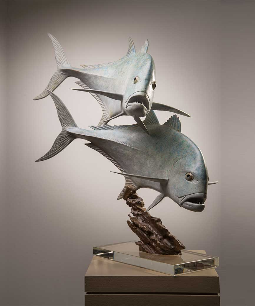 Chris Bladen giant trevally bronze sculpture