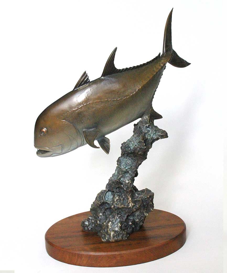 Giant Trevally I Sculpture in Bronze